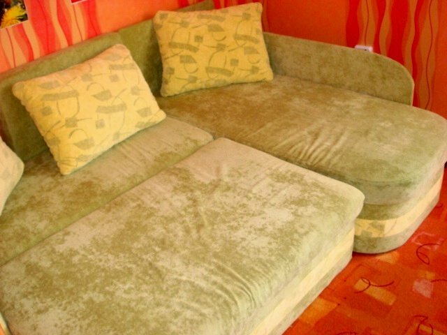excellent condition soft corner