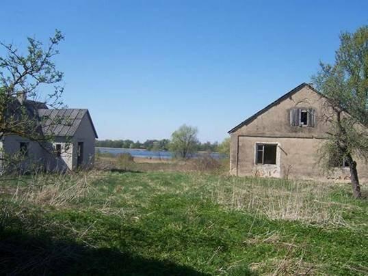 Vends ferme Lazdiju la région sur la rive du lac, Rimiečio