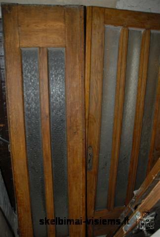 Ąžuolinės durys