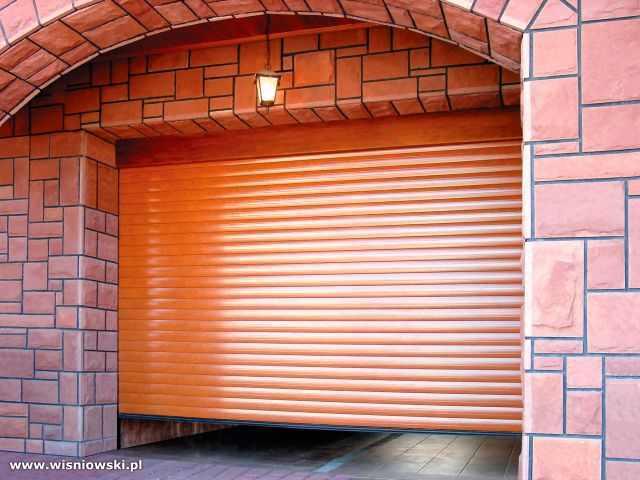 Garažo vartai, segmentiniai, plokštuminiai, pramoniniai, dvivėriai, susukami