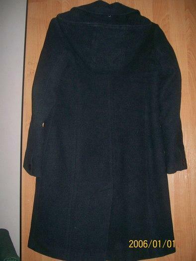 Geras siltas moteriskas paltas