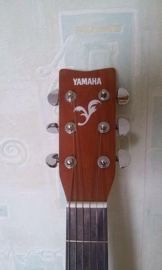 Gitara Yamaha