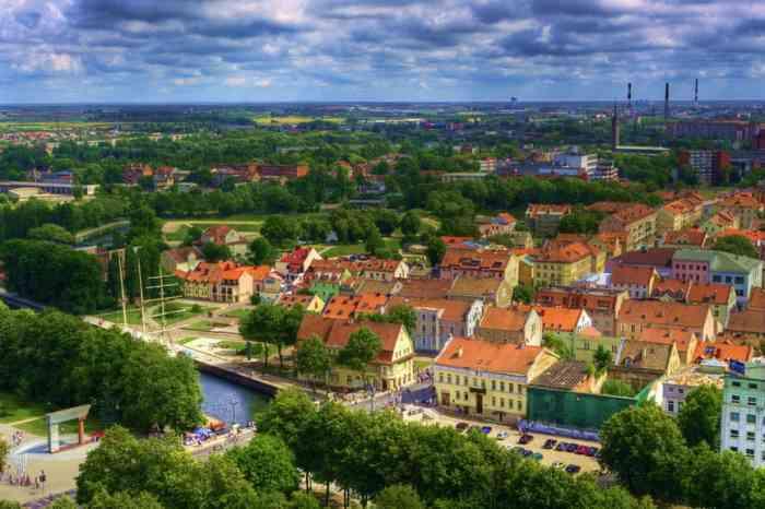Išskirtinėje vietoje, pačiame Klaipėdos senamiestyje parduodamas pastatas/namas.