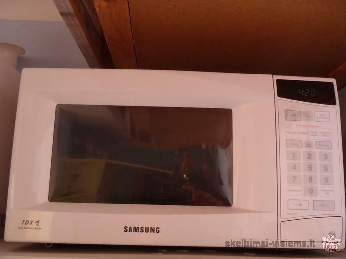 Mikrobangu krosnele Samsung
