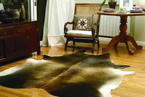 Natūralūs, kokybiški karvės formos kilimai. Gera kaina!