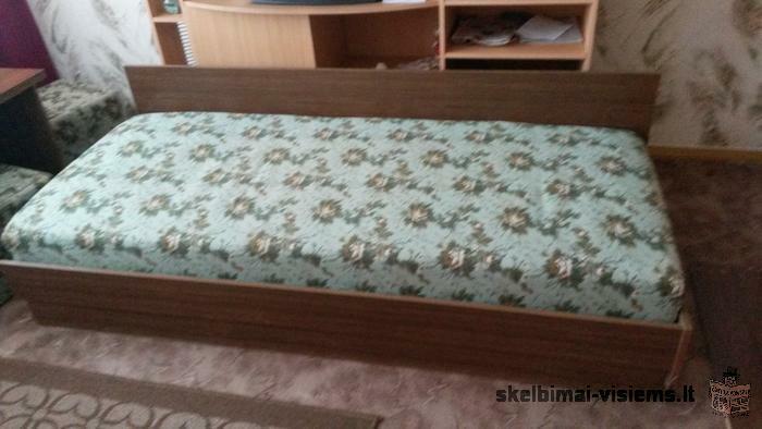 Naudota sofa