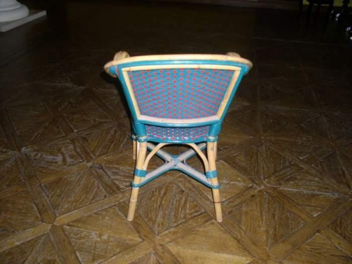 Parduodam kėdes lauko kavinei
