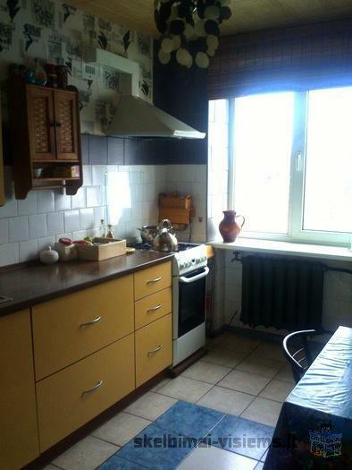 Parduodamas 3 kambarių butas Trakų centre