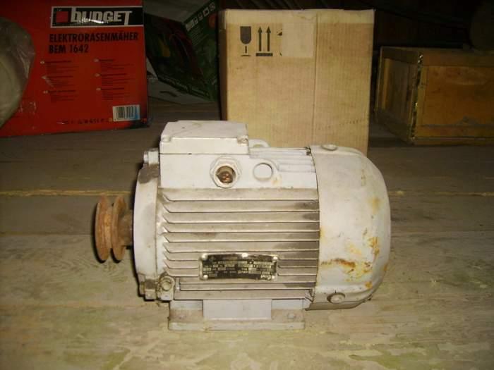 Parduodamas elektros variklis