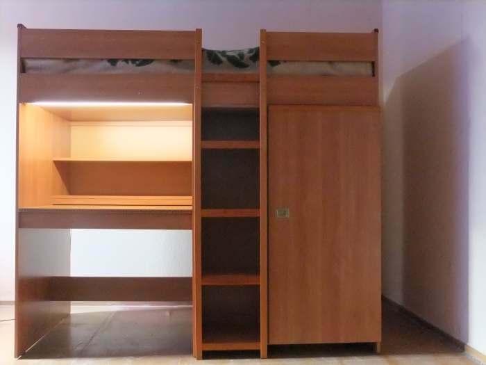 Parduodamas kompaktinis vaiko kampas(stalas+lova+spinta)