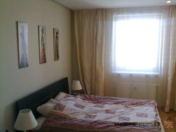 Parduodamas puikiai įrengtas 2 kamb. butas