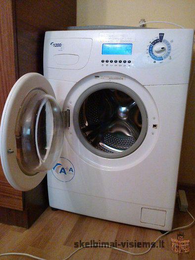 Parduodu gerai veikiančią skalbimo mašiną ARDO - FLS 120 L. Energijos klasė A+, talpa 5 kg, 1200 aps