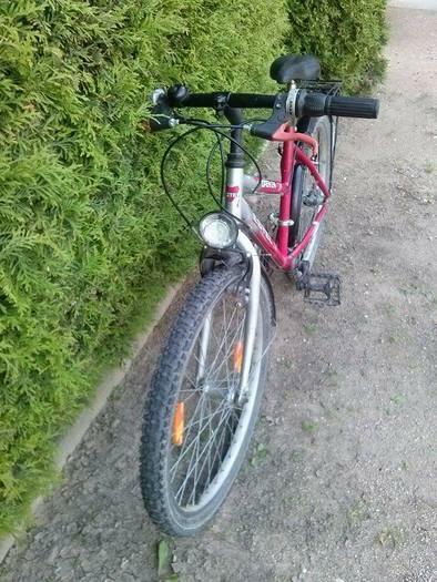 Pavarinis dviratis
