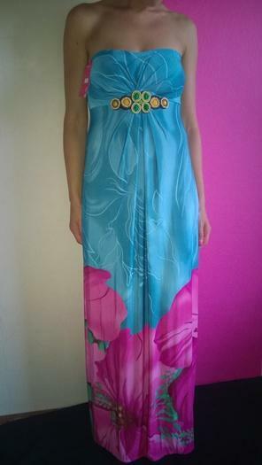 Pigiai vasarines -plezines sukneles