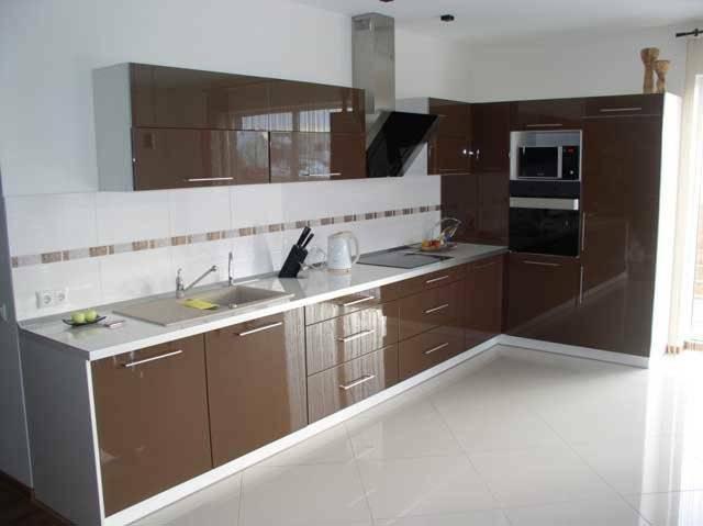 Pigus virtuviniai baldai