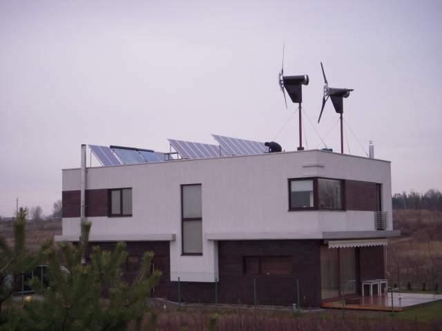 Saulės vėjo elektrinės
