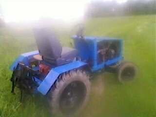 Savo darbo traktorius