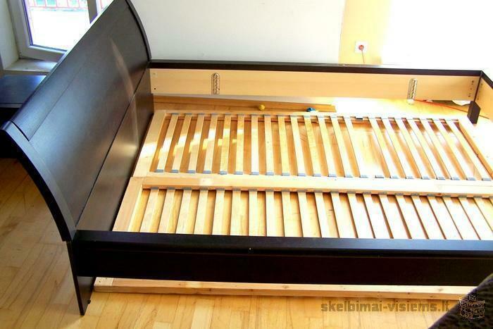 Tamsiai ruda lova