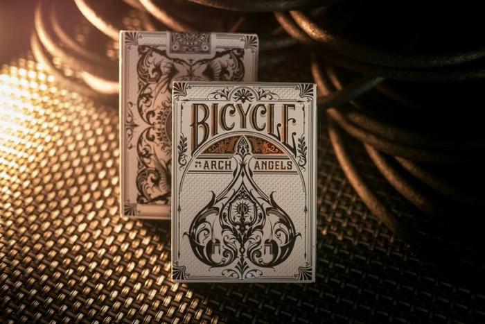 Unikalaus dizaino pokerio kortos