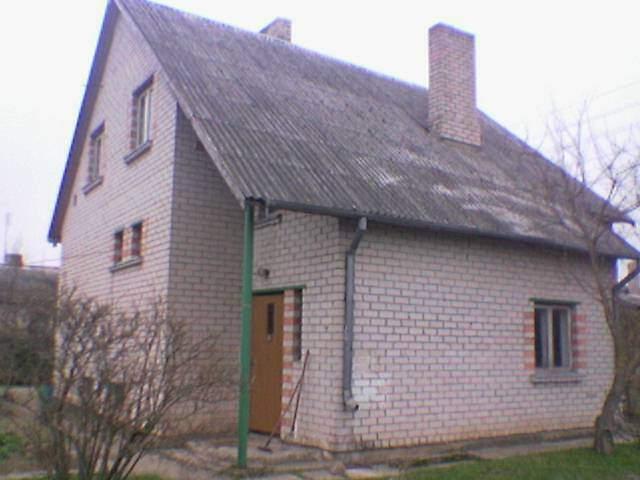 ilgalaikįai nuomoti ar parduoti nama Latvijoje