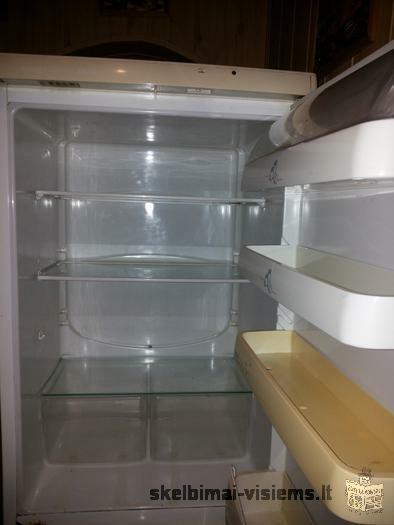 """parduodamas šaldytuvas """"Snaigė"""""""