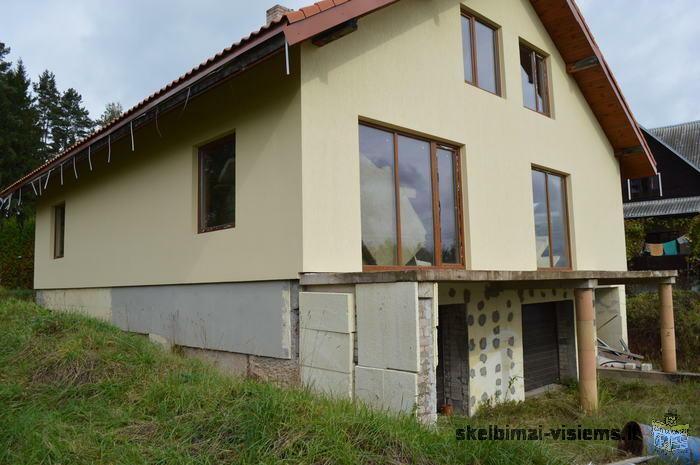 parduodamas nebaigtas statyti namas