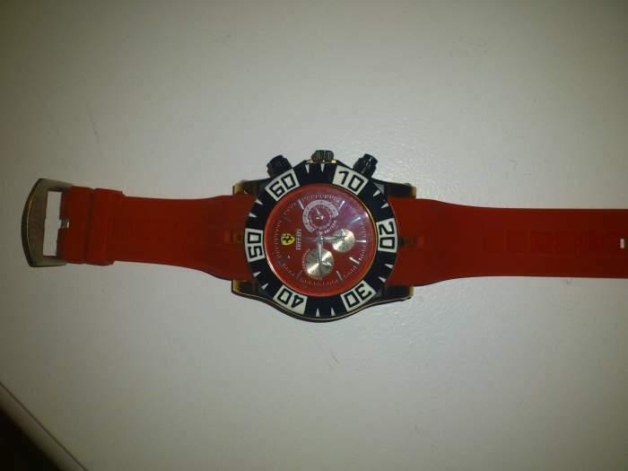 parduodu nauja laikrodi ferari
