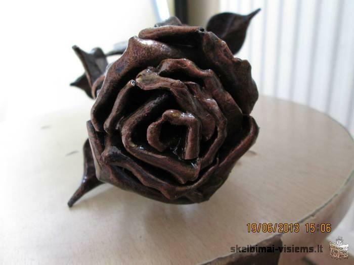 parduodu roze