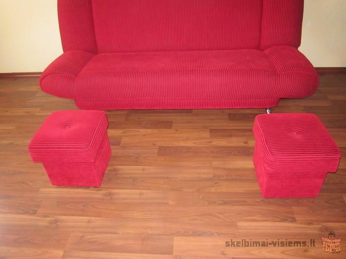 sofa lova su dviem pufikais